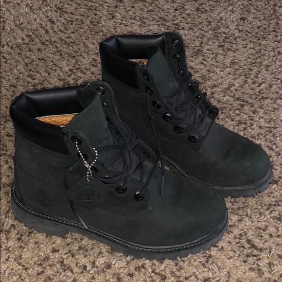 Kids black timberland boots. M 5b74ac629264af6b6b2a47c8 41214e150